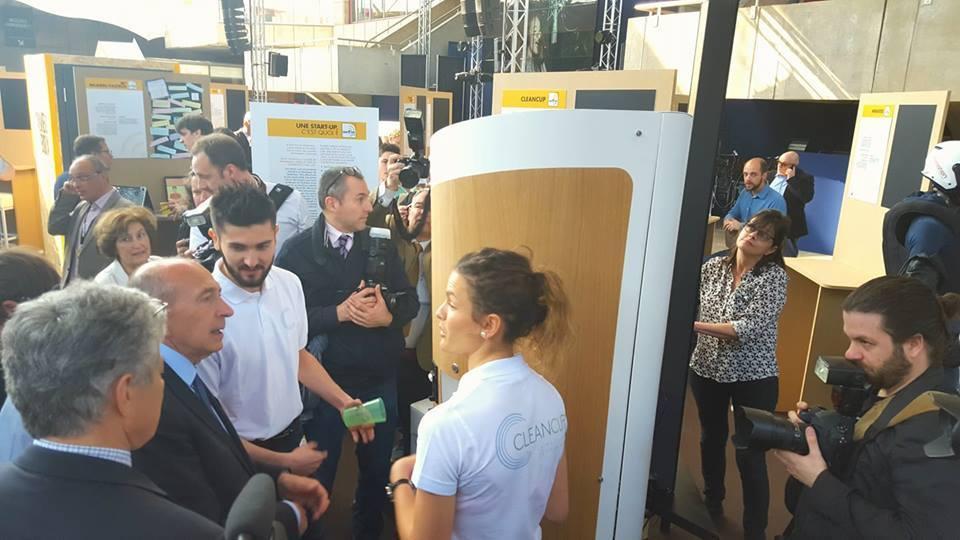Gérard Collomb à la foire de Lyon CleanCup